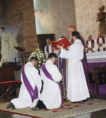 En la ordenación de Curro y Nacho