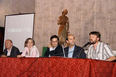Mesa de presentación del acto en Sevilla