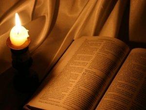 biblia y luz