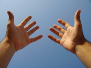 manos CRISTIANAS