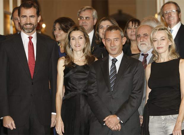 El Príncipe entregó a Enric González el premio Cuco Cerecedo